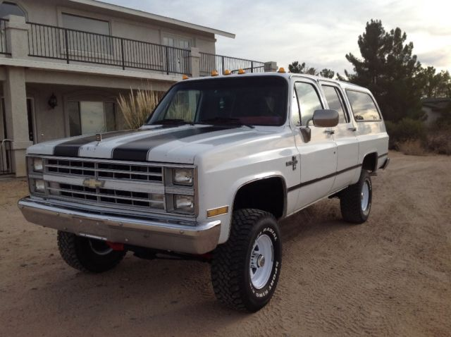 chevrolet suburban suv 1987 white for sale. Black Bedroom Furniture Sets. Home Design Ideas