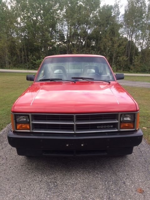 dodge dakota standard cab pickup 1987 red for sale. Black Bedroom Furniture Sets. Home Design Ideas