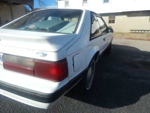 Whaling City Ford >> Ford Mustang Hatchback 1987 White For Sale. 1FABP41A3HF231606 1987 FORD Mustang LX 4 cylinder 5 ...