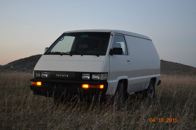 Toyota Other Van Camper 1987 White For Sale JT4YR34V6H0000595 Cargo 4x4 5 Speed Low Miles Original No Dents Or Dings