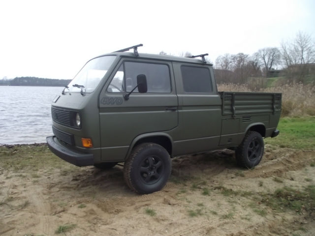 Volkswagen Bus Vanagon Crew Cab Pickup 1987 Green For Sale