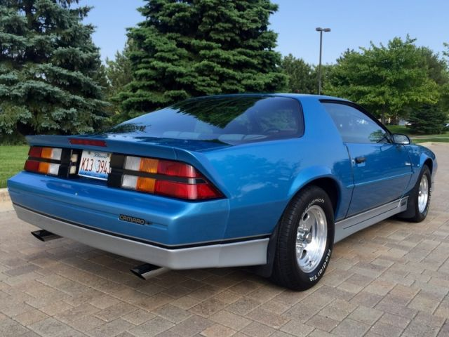 Chevrolet Camaro Coupe 1988 Blue For Sale ...