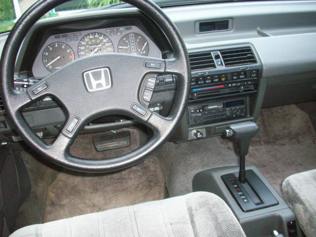 Honda Accord Sedan 1988 Gray For Sale  1hgca5631ja187464