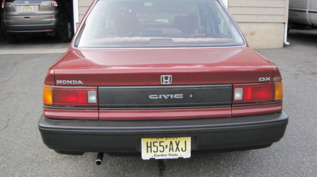 Honda Civic Sedan 1988 Burgundy For Sale