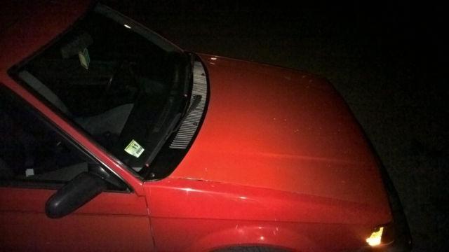 Mazda 323 Hatchback 1988 Red For Sale  JM1BF2347J0139433