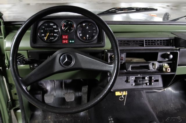 Mercedes benz g class wagon 1988 green for sale for Mercedes benz gelandewagen for sale