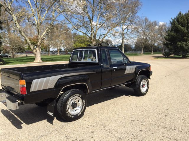 toyota other extended cab pickup 1988 black for sale. Black Bedroom Furniture Sets. Home Design Ideas