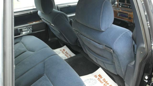 Lincoln Town Car Sedan 1989 Black For Sale 1lnbm84f8ky739322 1989