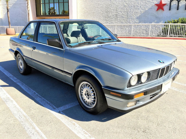 bmw 3 series coupe 1989 sky blue for sale wbaaa230xkec49100 1989 bmw 325i base coupe 2 door 2. Black Bedroom Furniture Sets. Home Design Ideas