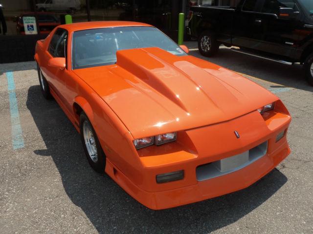 1989 Chevrolet Camaro Iroc Z For Sale: Chevrolet Camaro Hatchback 1989 Orange For Sale