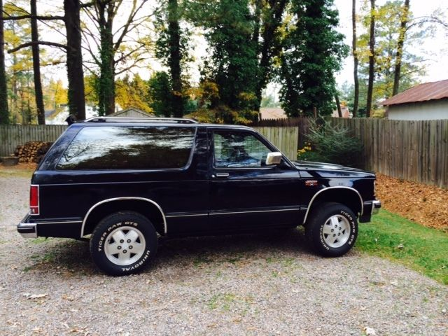 GMC Jimmy SUV 1989 Black For Sale  1GKCT18R2K0500455 1989