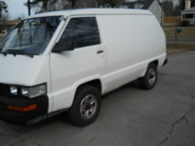 toyota other cargo van 1989 white for sale