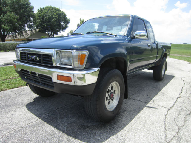 Toyota Tacoma Extended Cab Pickup 1989 Blue For Sale