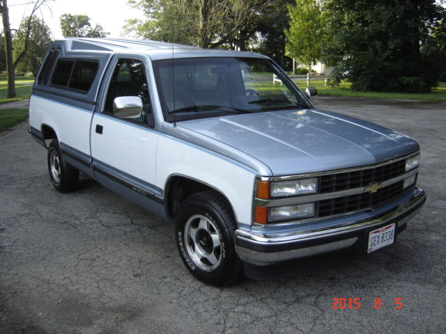 chevrolet silverado 1500 standard cab pickup 1990 blue / white for