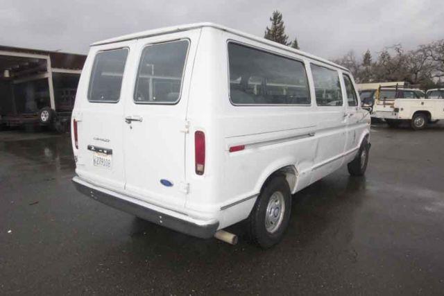 Ford Club Wagon Wagon 1990 white For Sale  1FMEE11H5MHA55256