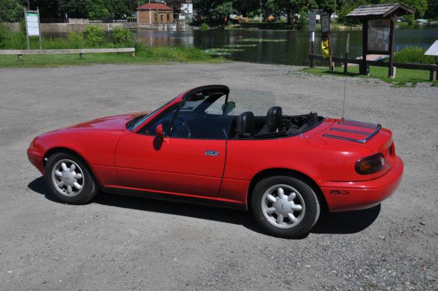 mazda mx 5 miata convertible 1990 red for sale jm1na3518l0118503 1990 mazda mx 5 miata. Black Bedroom Furniture Sets. Home Design Ideas