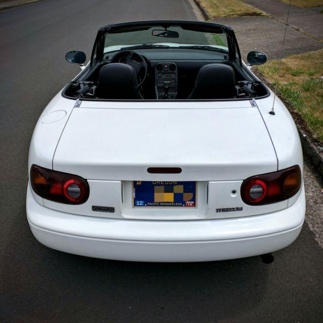 mazda mx 5 miata convertible 1990 white for sale jm1na3518l0135219 1990 mazda mx 5 miata low. Black Bedroom Furniture Sets. Home Design Ideas