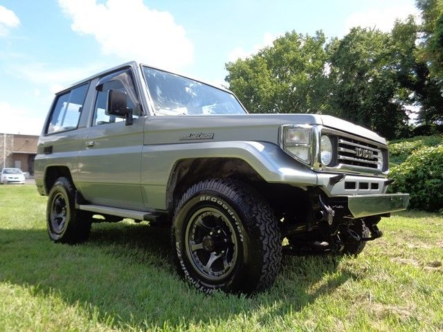 toyota land cruiser suv 1990 silver for sale 11111111111111111 1990 toyota land cruiser 4x4 2. Black Bedroom Furniture Sets. Home Design Ideas