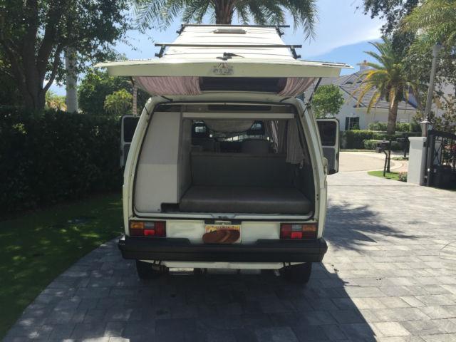 Volkswagen Bus/Vanagon Standard Passenger Van 1990 White For Sale