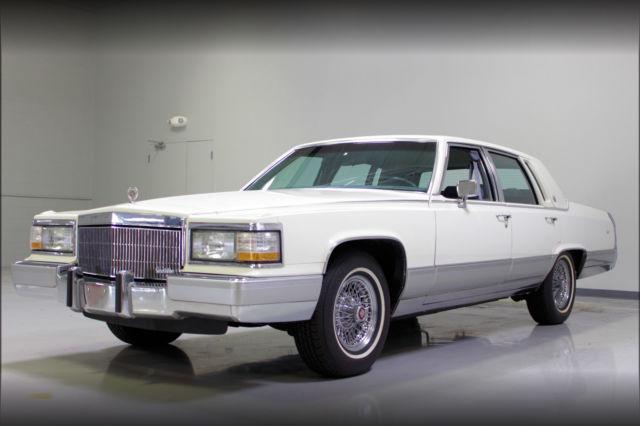 Cadillac Brougham Sedan 1991 White For Sale