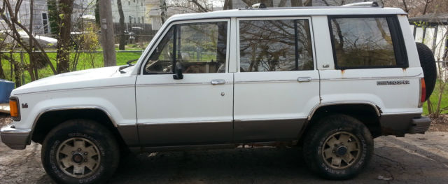 Isuzu Trooper Suv 1991 White For Sale Jacch58r0m7909762
