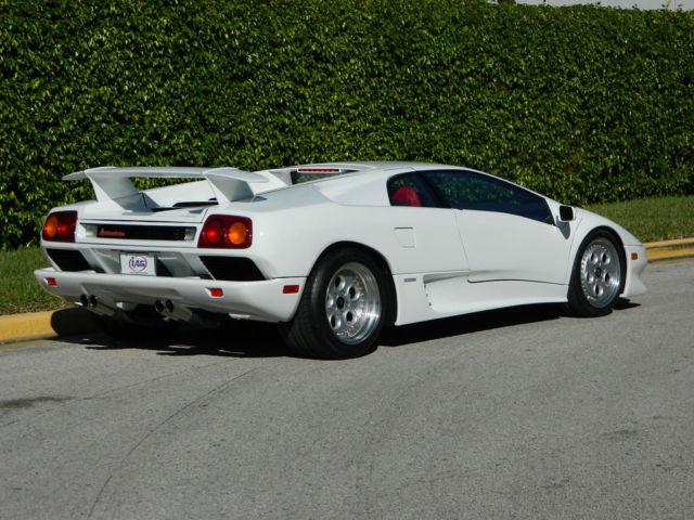 Lamborghini Diablo Coupe 1991 White For Sale Za9du07p0mla12221 1991