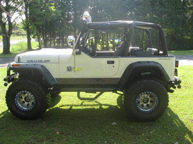 Jeep Wrangler 1992 White For Sale. 2J4FY29S7NJ559909 1992 ...