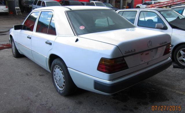 Mercedes benz 300 series sedan 1992 white for sale for 1992 mercedes benz 300