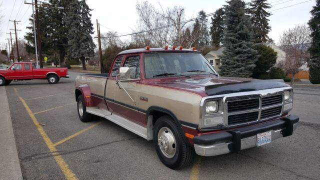 dodge ram 3500 dually pickup 1993 burgundy for sale 3b7me33c0pm123430 1993 dodge ram 350 dually. Black Bedroom Furniture Sets. Home Design Ideas