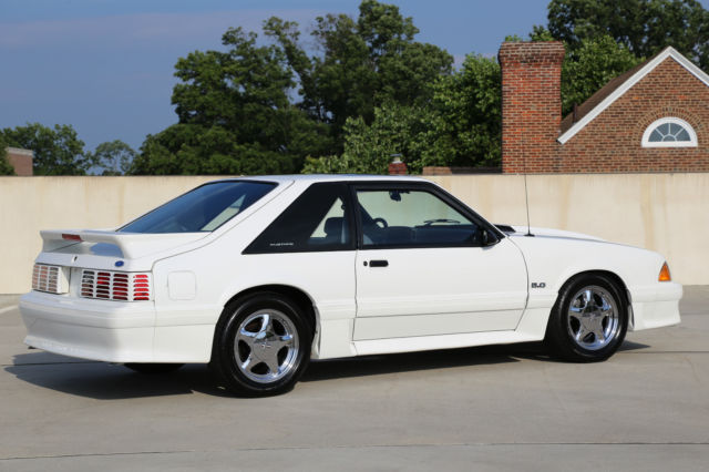 ford mustang hatchback 1993 white for sale 1facp42e9pf201529 1993 ford mustang gt 5 0l. Black Bedroom Furniture Sets. Home Design Ideas