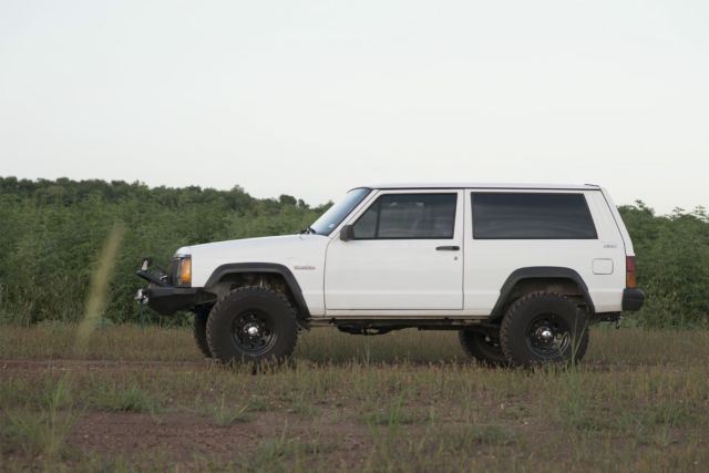 Jeep Xj Country >> Jeep Cherokee SUV 1994 White For Sale. 1J4FJ27S2RL227934 1994 Jeep Cherokee XJ 2 door 4x4 I6 4.0L