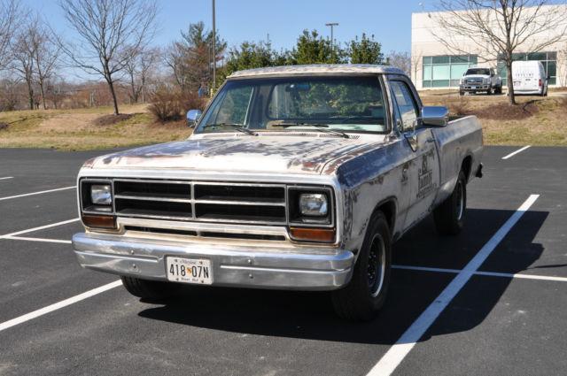 dodge other pickups standard cab pickup 1989 white for sale 1b7ke2683ks081618 1st gen dodge. Black Bedroom Furniture Sets. Home Design Ideas