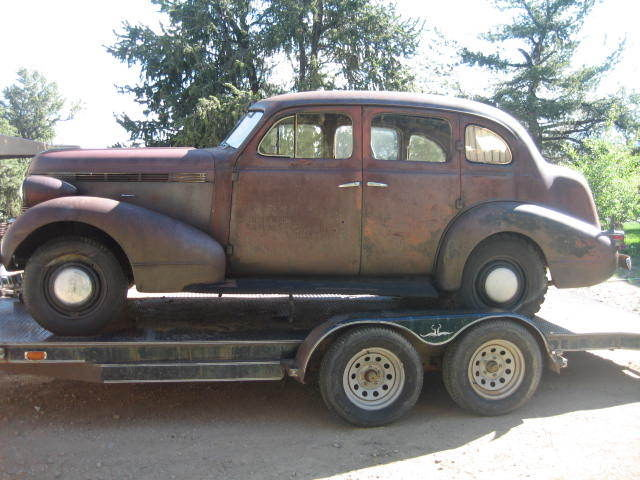 pontiac other 4 door sedan with suicide rear doors 1937