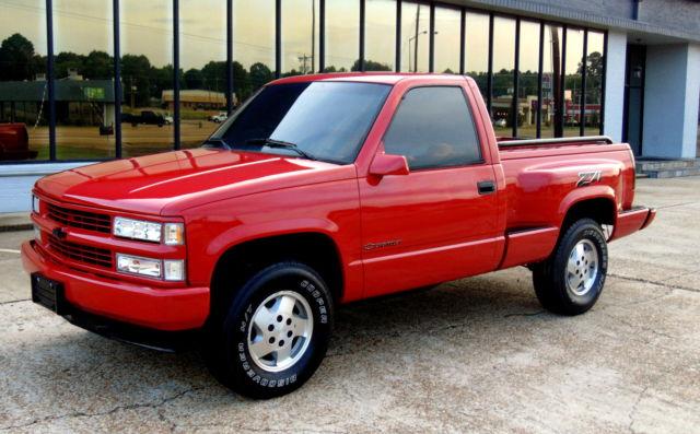 Chevrolet Silverado 1500 Pickup Truck Stepside 1994 Red