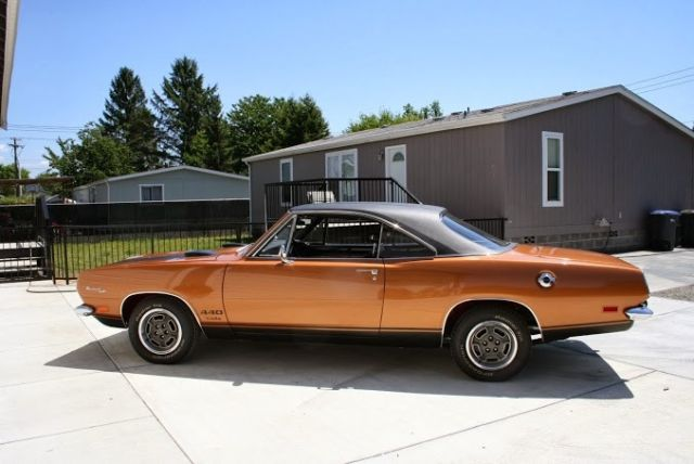 Plymouth Barracuda Coupe 1969 T-5 Bronze Metallic For Sale