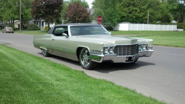 cadillac deville coupe 1969 green for sale 69 cadillac. Black Bedroom Furniture Sets. Home Design Ideas