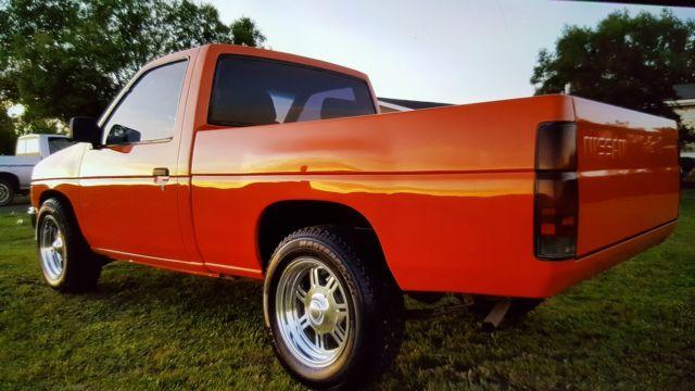 Nissan Other Pickups 1986 Orange For Sale  Jn6nd11s7gw018774