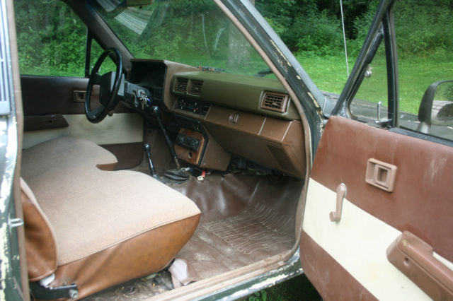 Toyota Other Extended Cab Pickup 1984 Gray For Sale