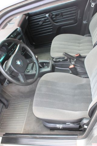 Bmw 3 Series Wagon 1989 Lachssilber For Sale