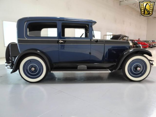Nash 333 2 door sedan 2 door sedan 1927 midnight blue for 1927 nash 4 door sedan