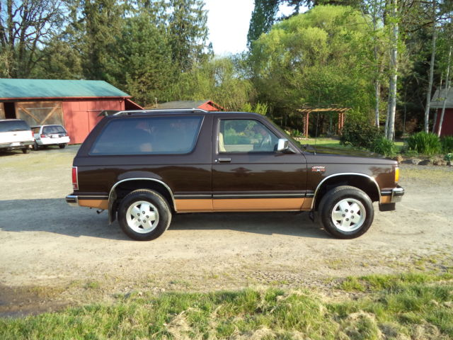 GMC Jimmy 1987 For Sale  1GKCT18R6H8537728 Classic 1987 GMC