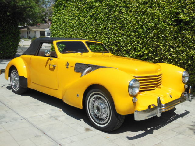 Cord roadster convertible 1969 yellow for sale 039w146f for Cord motor car for sale