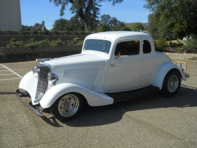 ford other coupe 1934 white for sale 193334ford custom built 1933 34 ford 5 window coupe 327. Black Bedroom Furniture Sets. Home Design Ideas
