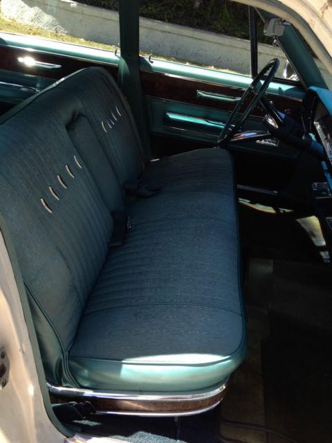 Chrysler New Yorker Sedan 4 door 1967 White For Sale