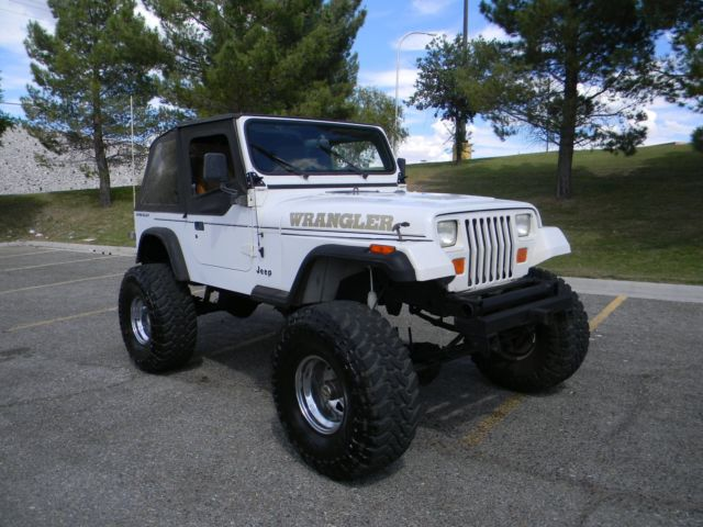 jeep wrangler 1993 white for sale 1j4fy19p2pp209843 no reserve 1993 jeep wrangler v8 chevy. Black Bedroom Furniture Sets. Home Design Ideas