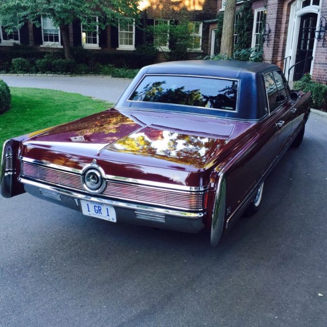 Chrysler Imperial Sedan 1968 Burgundy For Sale