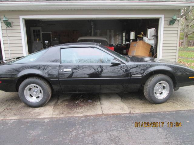 pontiac firebird fastback 1984 black for sale 1g2as8714en223880 pontiac firebird chevy camaro. Black Bedroom Furniture Sets. Home Design Ideas