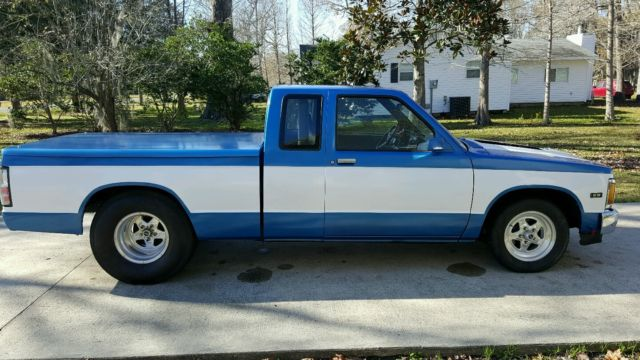 chevrolet s 10 extended cab pickup 1989 blue white for sale 1gcbs19rxk8135713 pro street. Black Bedroom Furniture Sets. Home Design Ideas