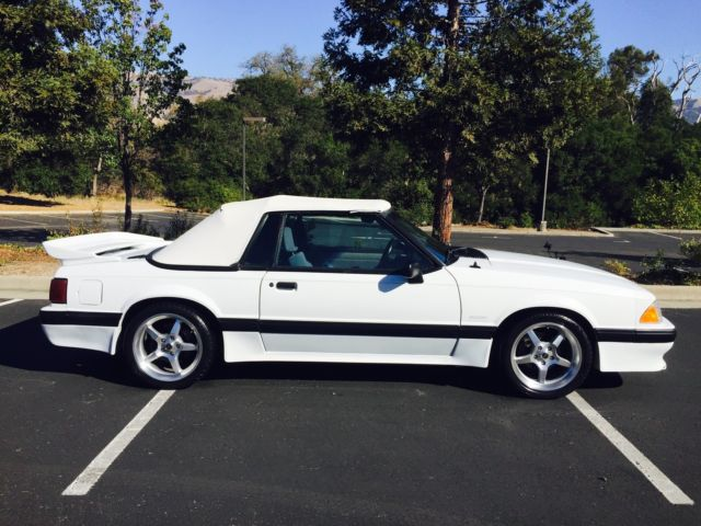 ford mustang convertible 1988 oxford white for sale 1fabp44e0jf200253 saleen mustang 1 of 137. Black Bedroom Furniture Sets. Home Design Ideas