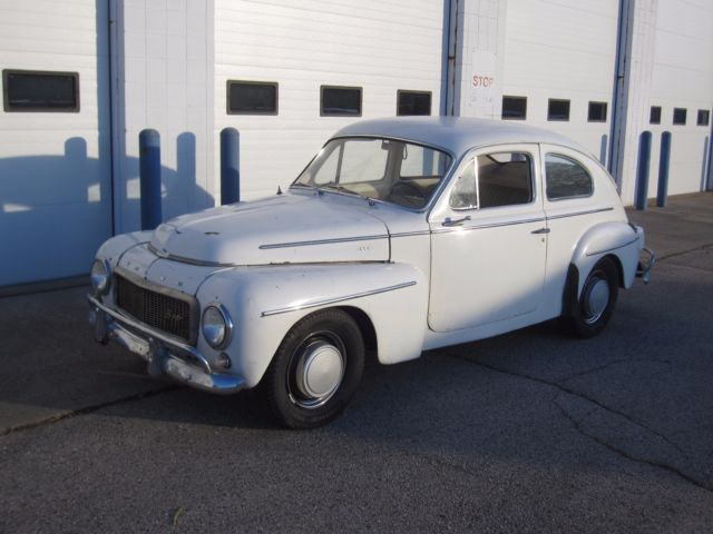 Volvo 544 , 444 , 500 , 124 , 1800 2 Door Coupe 1960 White ...